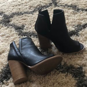 Black open toe booties.